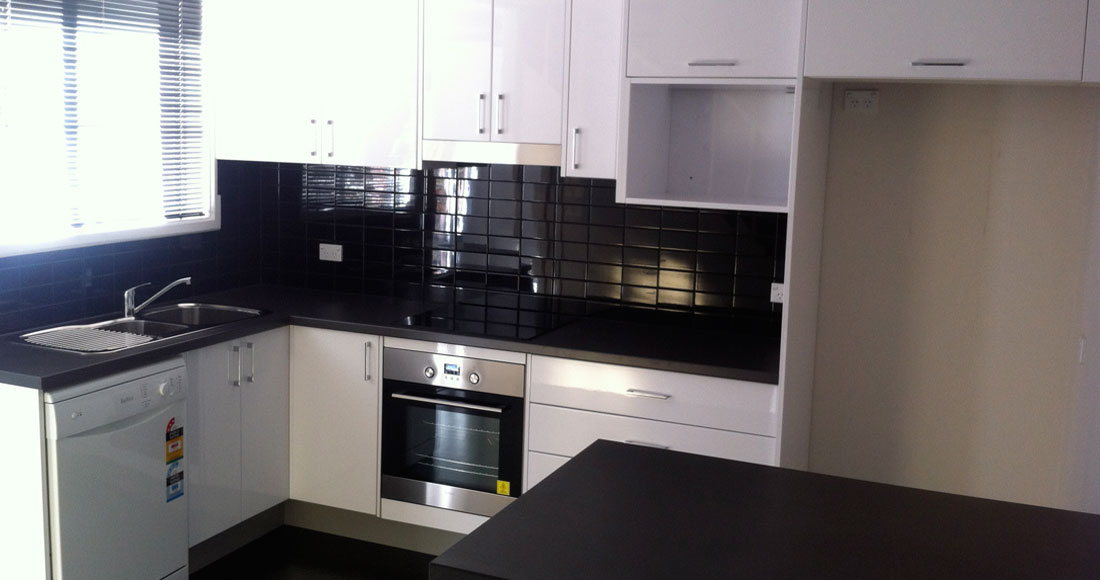 Bunnings kitchen renovation services getit installed for Kitchen cabinets bunnings